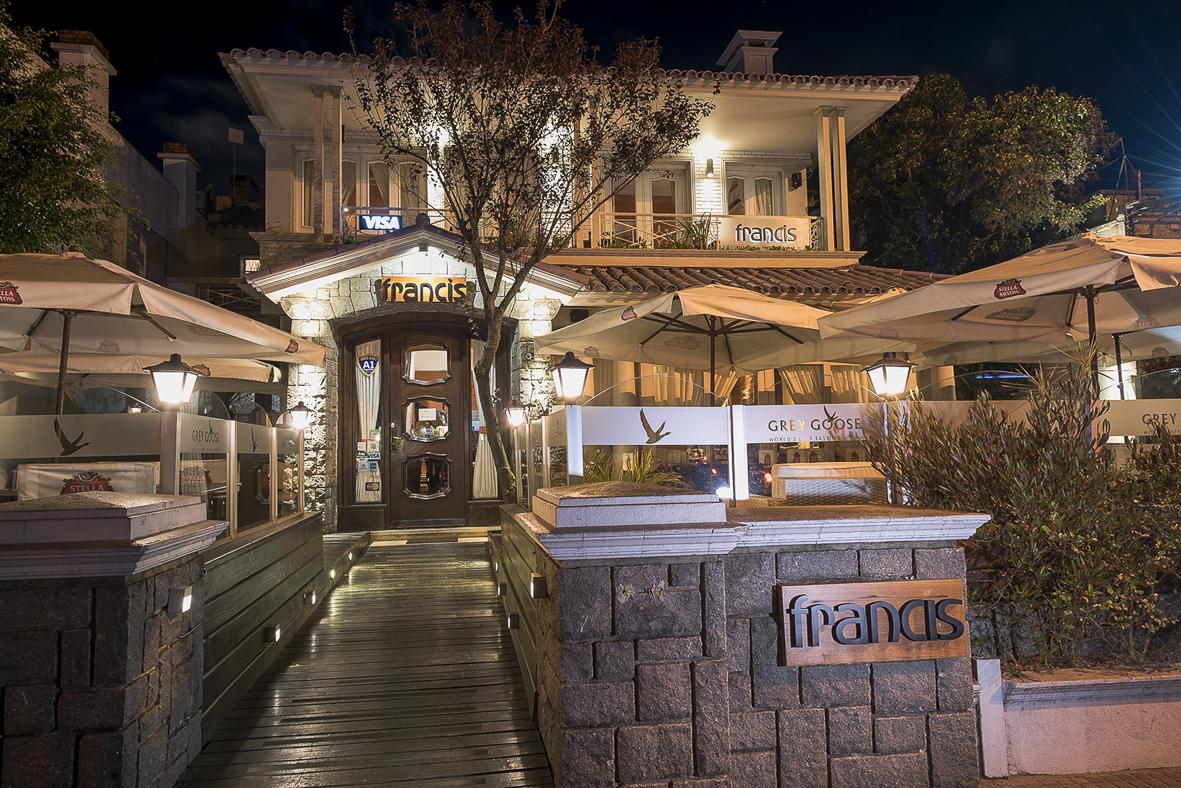 Francis Restaurant: Onde comer em Montevideo